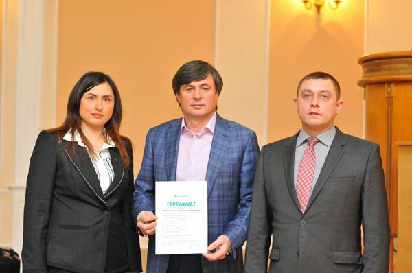 Корпорація «Юрія-Фарм» першою відгукнулася і надала гуманітарну допомогу жителям Одеської області на суму 350 тисяч гривень.